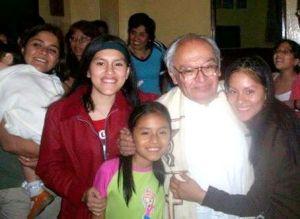Padre Gustavo Gutiérrez, siempre cercano infundiendo esperanza