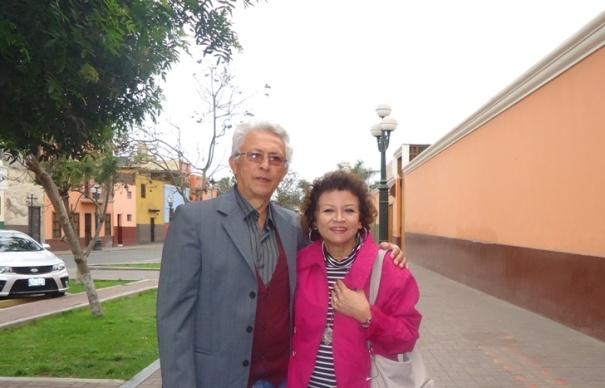 En Pueblo Libre. Lima, octubre 2013, Jorge Nájar y Sonia Luz Carrillo.