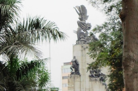Monumento a Don Miguel Grau, en Lima